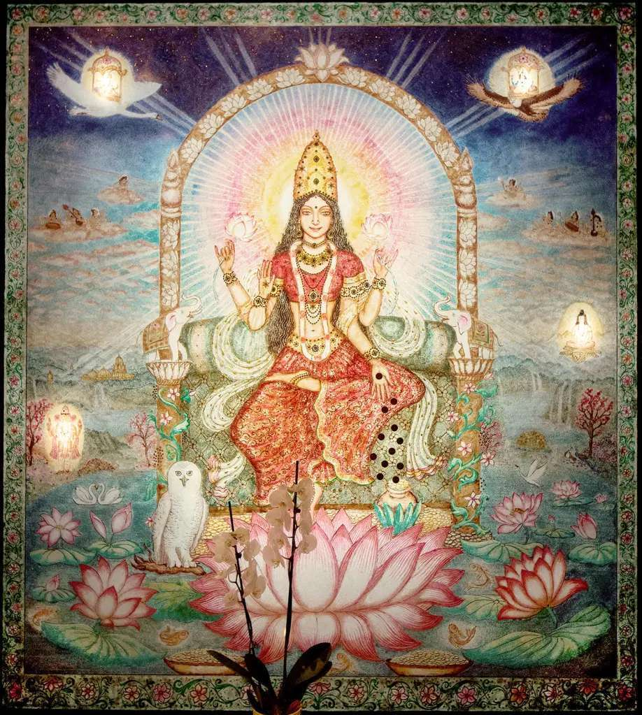 lakshmi-on-the-lotus-lit-up-from-the-back