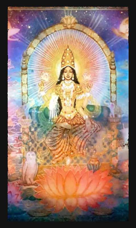 lakshmi-on-the-lotus-throne-view-during-the-light-show-4