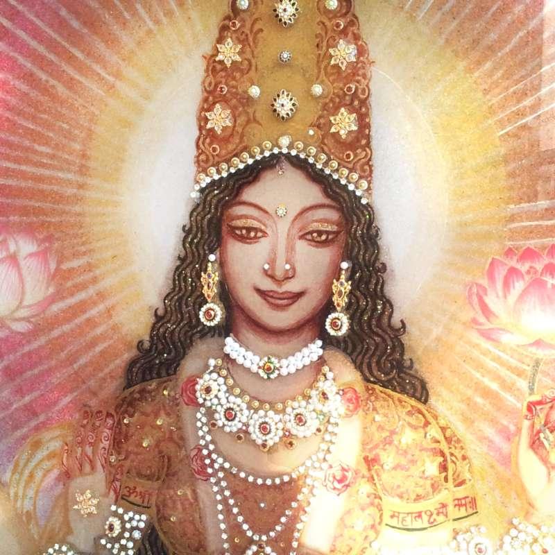 making-of-lakshmi-on-the-lotus-throne-12