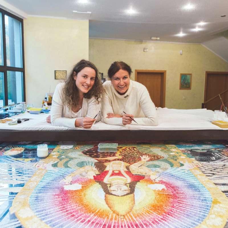 making-of-lakshmi-on-the-lotus-throne-18